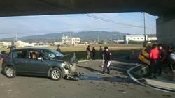 苑裡娃娃車與轎車路口擦撞 4人受傷