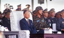 美學者解密台海危機 飛彈恐嚇、航艦封鎖 共軍跟台灣學的