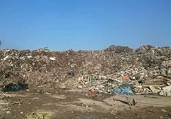 土資場悶燒36小時撲滅 空品差環保局要開罰