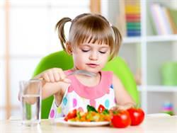 易怒、長不高 孩子營養不良都是這4個原因