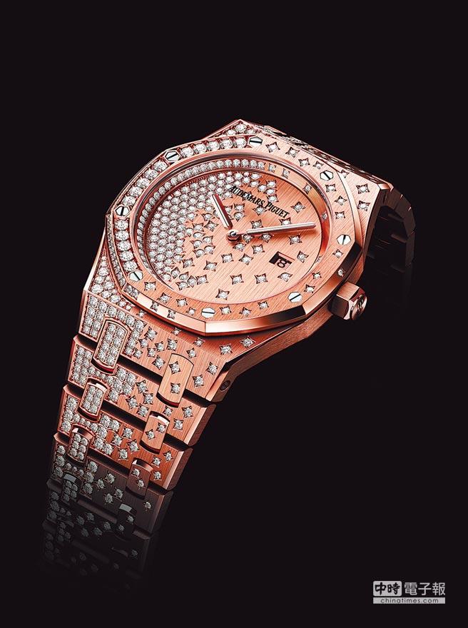 AUDEMARS PIGUET Diamond Outrage高級珠寶表(圖右),採用的寶石逾1萬顆,約123萬8000瑞士法郎,折合新台幣約3850萬元。AUDEMARS PIGUET皇家橡樹QUARTZ玫瑰金女表(圖左),220萬8000元。