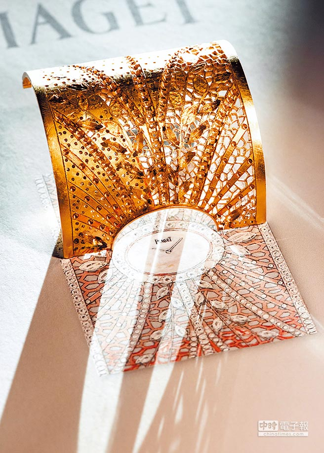 PIAGET高級珠寶金質蕾絲手鐲表展現品牌對鏤空工藝的熟稔純熟度。