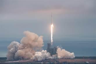 SPACEX從歷史發射台完成任務 傳承登月精神
