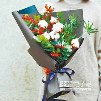 棉花搶玫瑰風頭 一把賣300人幣