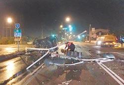 酒測值高達1.17酒駕撞倒號誌燈 翻車慘被壓死