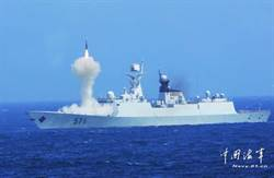 陸055艦裝備紅旗26導彈
