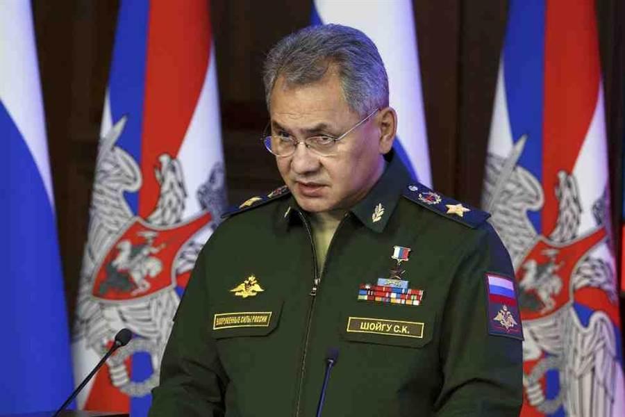 俄羅斯國防部長蕭依古去年12月在莫斯科參加一場會議。(美聯社)