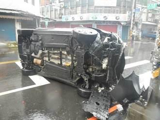 男酒駕擦撞3車  車輛側翻橫躺馬路