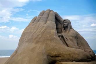 海軍退伍藝術家陳坤田 沙雕創作向海軍陸戰隊致敬
