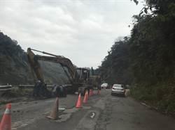 竹縣南清公路29公里土石崩 已恢復雙向通車