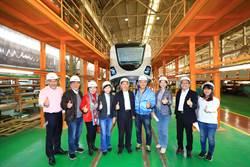 中市議會考察捷運綠線電聯車組裝基地
