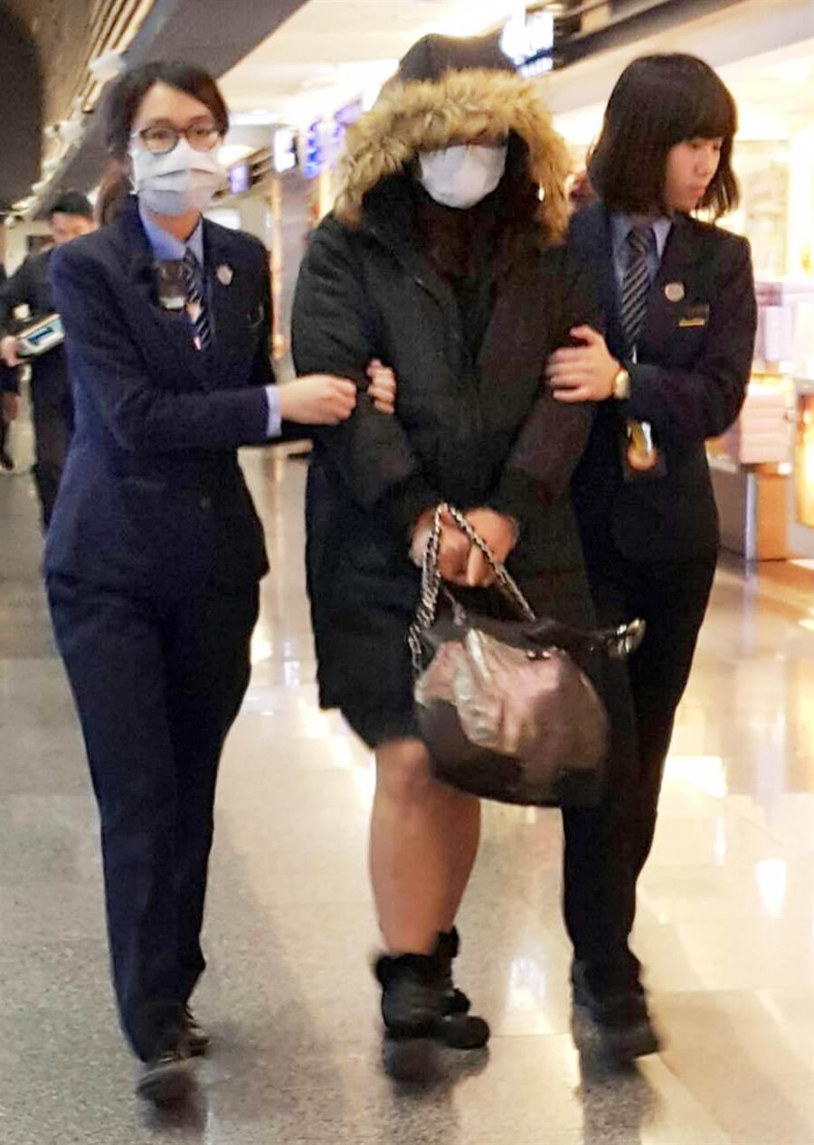 台籍謝姓女子(中)企圖攜毒至韓國首爾。(翻攝照片)