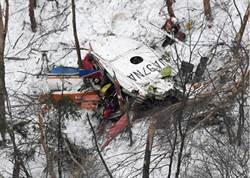 日本防災直升機長野山區墜毀 3死2昏迷