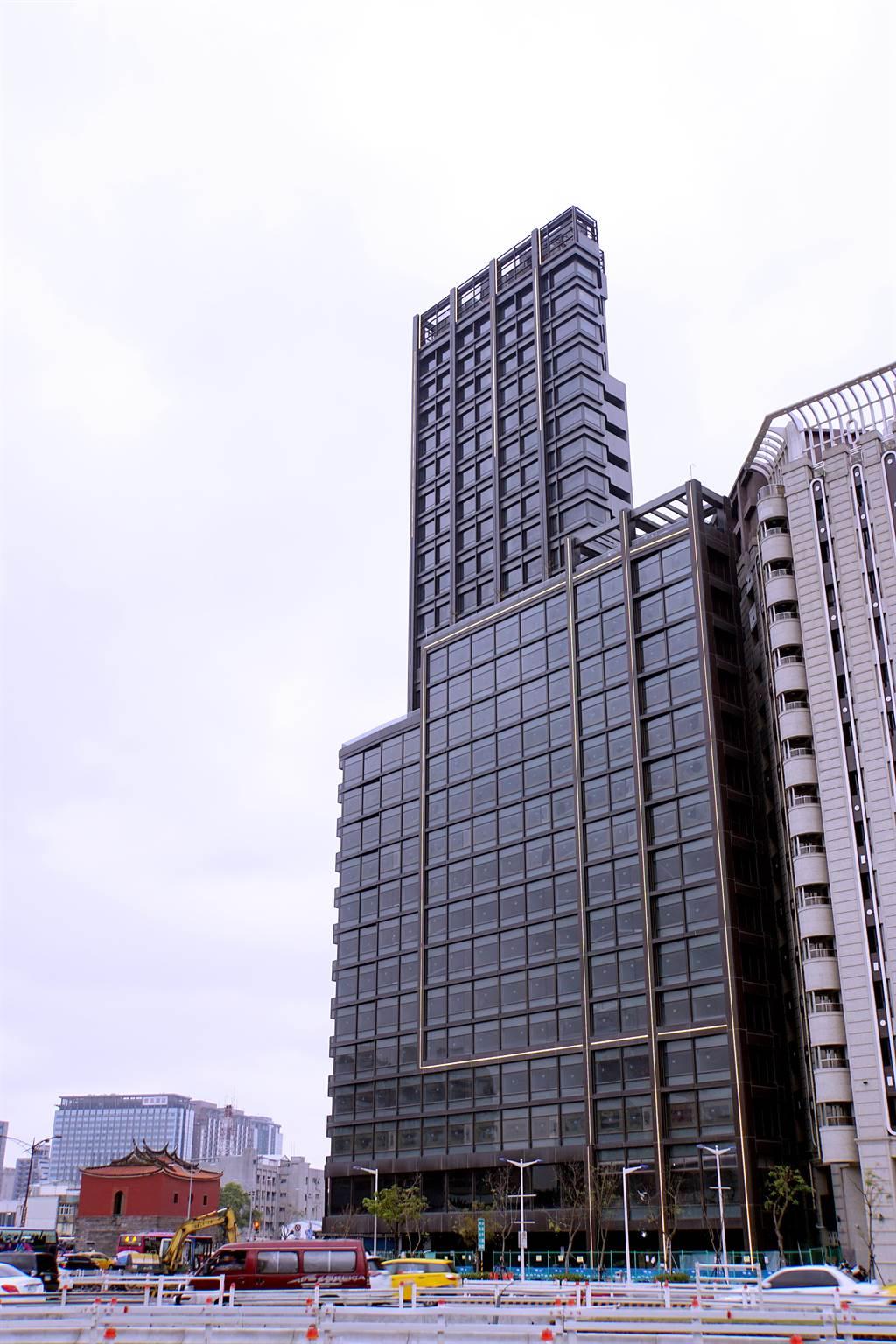 亞太區第一家citizen M,位在台北西門町的北門邊,是西門町第一家「國際牌」飯店。(圖/姚舜攝)