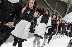 巴黎時裝週系列報導 ► CHANEL 2017 秋冬系列