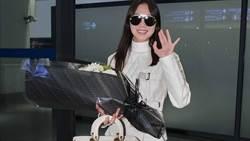 孔曉振來台灣了!看時尚歐尼機場穿搭如何擄獲人心
