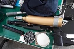 外勞持空氣槍獵殺野鴿裹腹 遭警逮捕移送