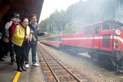「火車戴口罩空污趕緊走」改善小火車空氣品質記者會
