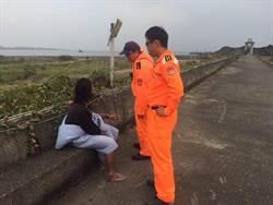 印尼籍船員落海沒人發現 自行默默游上岸