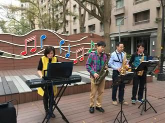 中市议员展现才艺 西屯午后音乐飨宴