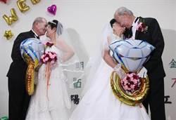 一甲子的白紗婚禮夢 8旬爺奶浪漫走紅毯