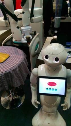 Pepper搭沖泡咖啡機器人手臂  CeBIT超人氣