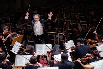 國家交響樂團巡演到柏林 蕭士塔高維契《第五號交響曲》迷倒觀眾
