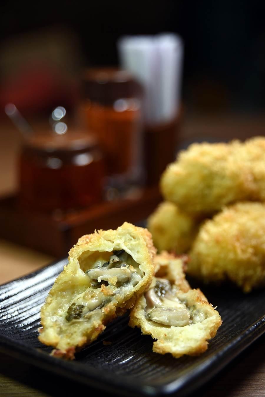 酥炸〈廣島牡蠣〉是將清甜的廣島生蠔沾麵衣裹炸,可單點,也可以搭配任何主餐以套餐供應。(圖/姚舜攝)