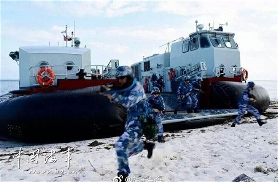 大陸南海艦隊展開奪島軍事演習。(圖/環球網)
