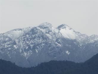雪霸聖稜線一夜白頭 連假登山注意安全