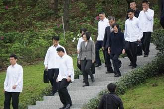 鄭南榕逝世28周年 蔡英文:持續為民主自由奮鬥