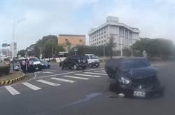 陽光刺眼 自小客車對撞3人受傷