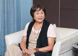 71歲「華夫人」鄭佩佩想來台養老 資格不符被打槍