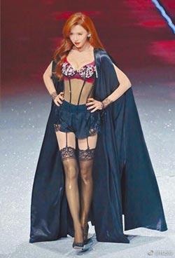《歌手》總決賽邀徐佳瑩吳建豪幫腔 老蕭扼腕錯過志玲內衣秀
