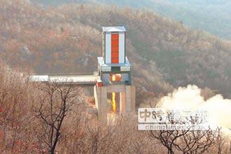 不只核武 安倍指北韓能射沙林毒氣飛彈