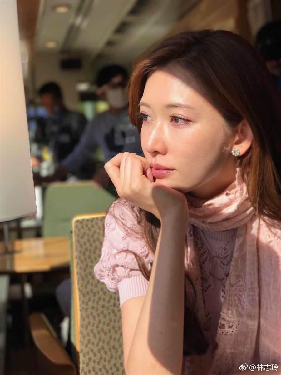 林志玲感情動向一直受到關注。(取自微博)