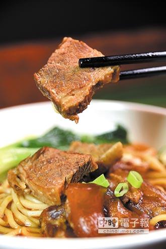 新品上市-單月熱銷3千盒 國賓川味牛肉麵美味密碼公開