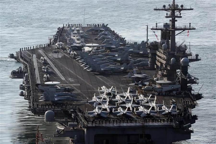 美航母「卡爾文森」號打擊群,預計15日抵達朝鮮半島海域。(美聯社)