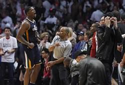 NBA》喬強生決勝節13分 爵士逆襲快艇2比2平手