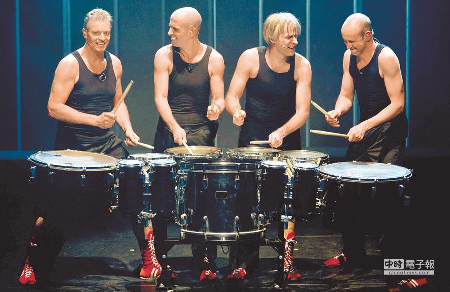 擊樂無國界  ←荷蘭皮可沙打擊樂團從街頭發跡,至今已成荷蘭最受歡迎的打擊樂團之一。(擊樂文教基金會提供)