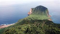 龜山島開放 驚見「龜首長頭髮」
