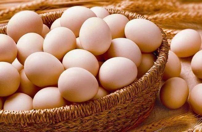 衛福部食藥署在竹苗地區食品檢出一款雞蛋戴奧辛含量高達5.2單位,較管制限值2.5單位超標超過一倍。(圖/中時資料)