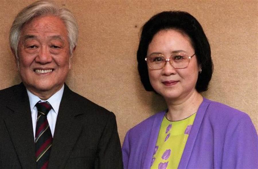 平鑫濤與夫人瓊瑤感情深厚。(圖/本報系資料照片 張兆輝攝)