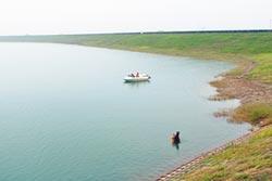 潛入水庫打撈 找嘸八田銅頭