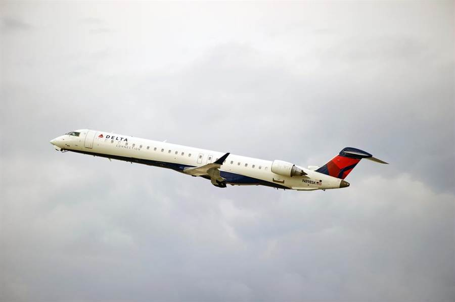 達美航空現役龐巴迪CRJ-900型客機。(達志影像/Shutterstock)