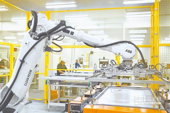 工廠自動化,並不等於工業4.0。圖/新華社