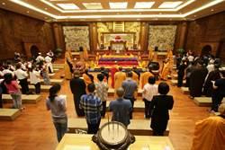 佛陀真身舍利供民眾瞻仰 感受智慧法音