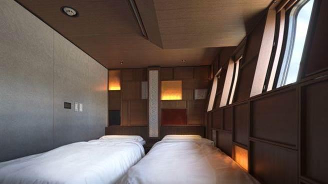 旅客可至臥鋪放鬆歇息。(圖/翻攝自BBC)