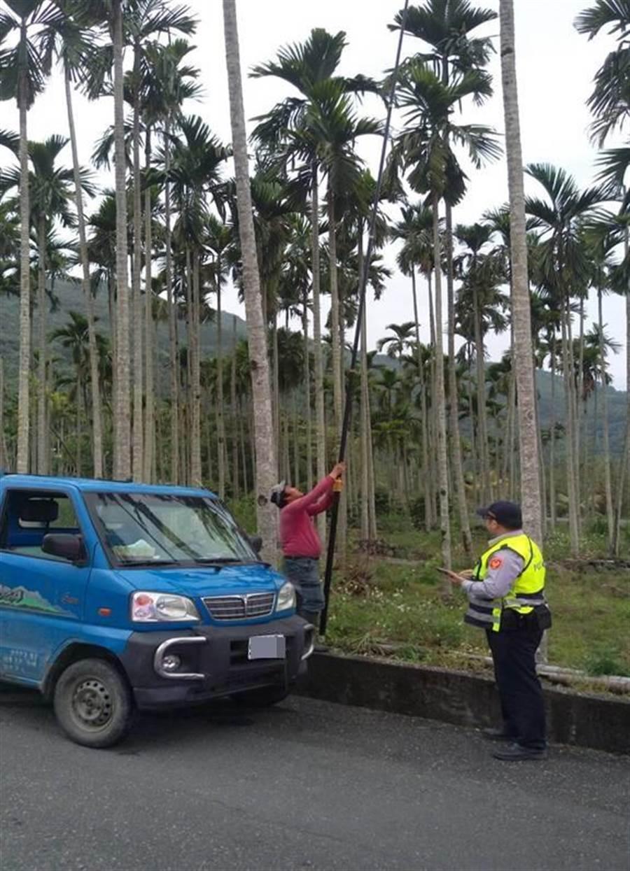 警方積極巡邏,守護農民心血。(圖/楊漢聲翻攝)