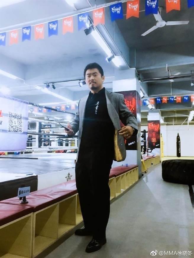 中國爆紅的格鬥狂人徐曉冬。(圖取自徐曉冬微博)
